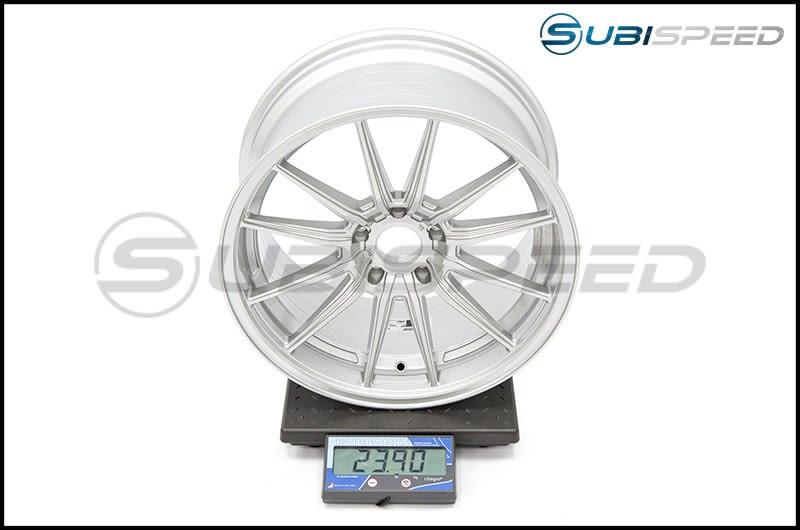 Cosmis Racing Wheels R1 18x9.5 +35mm Silver Subi Scale